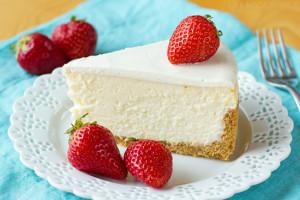 New York Cheesecake with Graham Cracker Crust