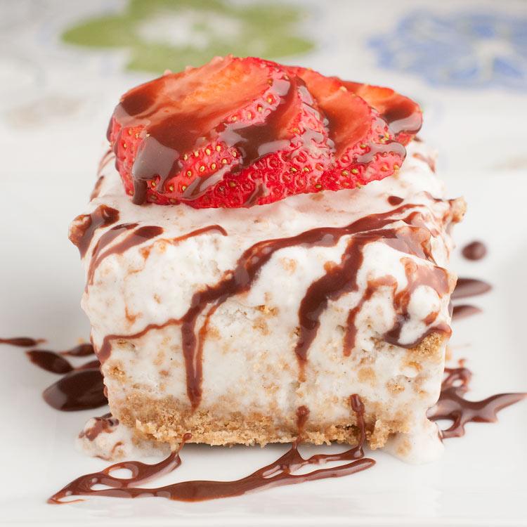 Easy Ice Cream Pie with Graham Cracker Crust