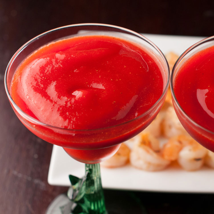 How to Make Coconut Rum Strawberry Daiquiris