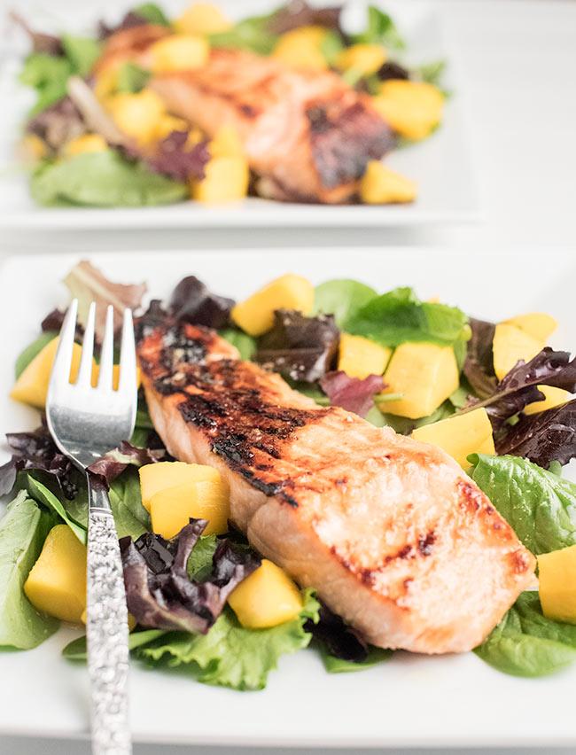 oney-glazed-baked-salmon-mango-salad