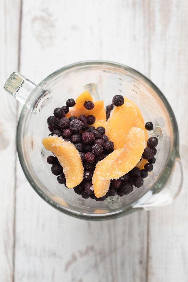 blueberry peach almond milk smoothie